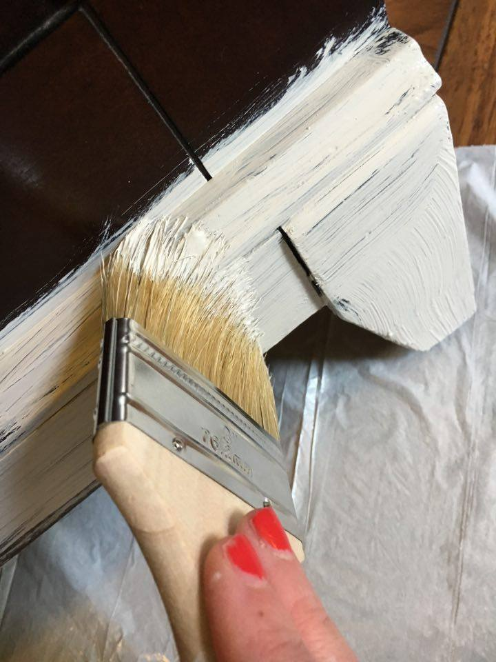 Painting with DecoArt Chalky Finish in Primative